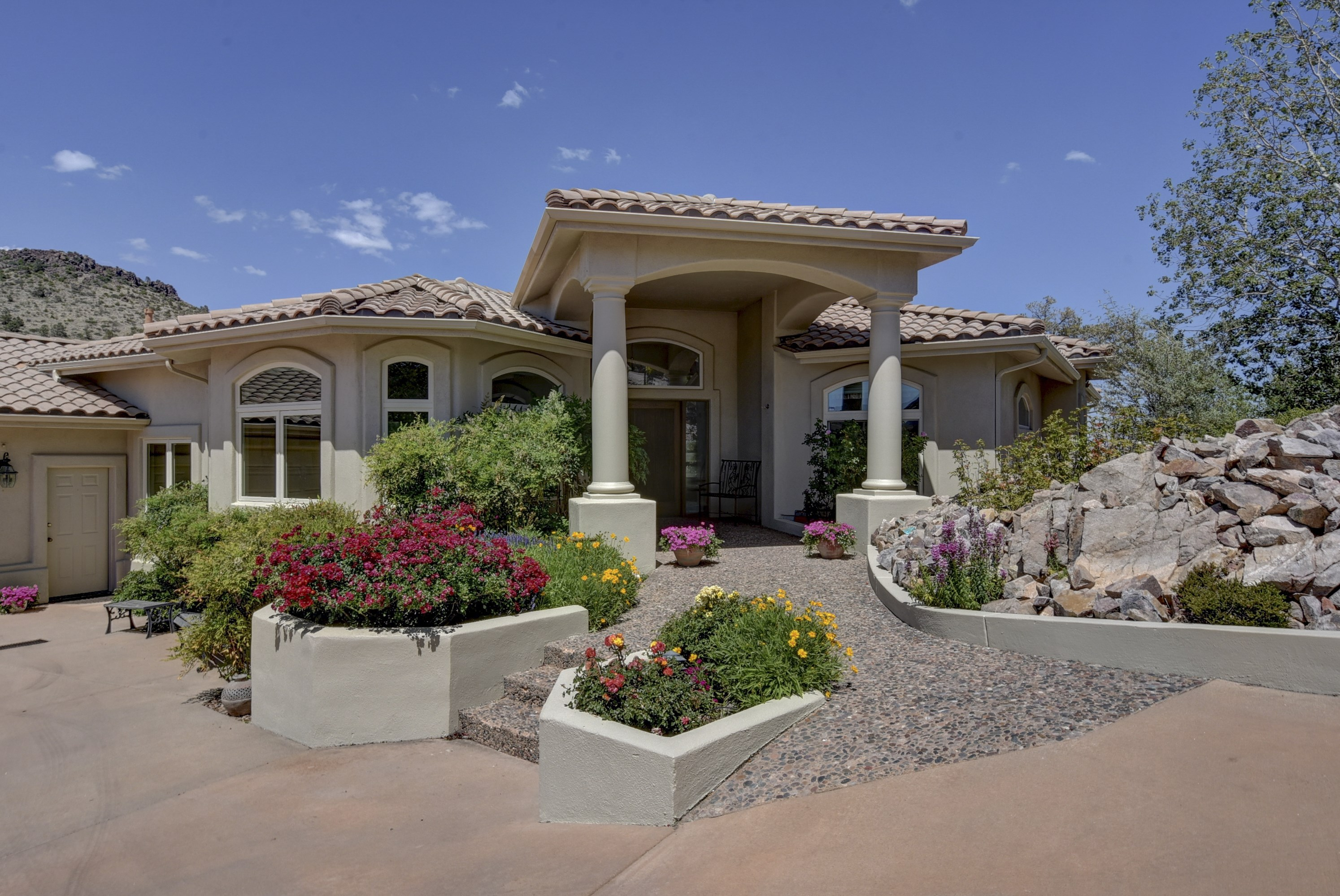 100 113 Best Executive Homes Images Best 25 Luxury  : 1158678222017111306PM80604 from 45.76.23.192 size 2988 x 1998 jpeg 1207kB